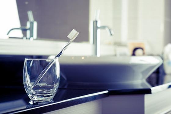 歯ブラシと洗面台と